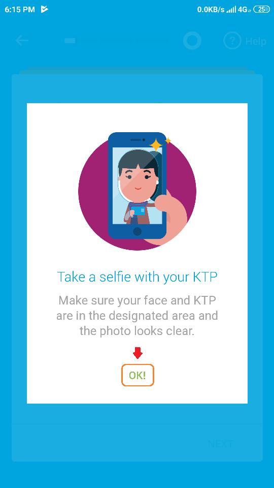 22 mengambil selfie dengan KTP